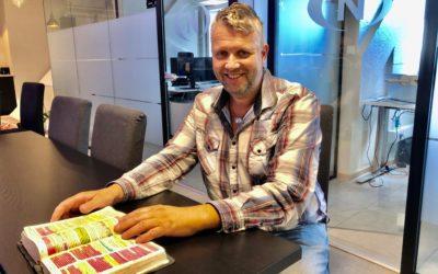 Svein Lindset leder an – bønn fra kl. 20 til 06 på Visjonskafeen
