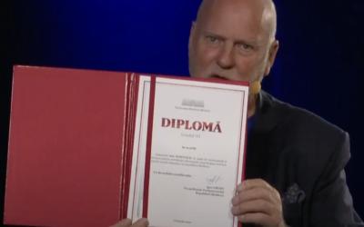 Nytt prosjekt har nådd helt til topps i Moldova: Parlamentets president ga utmerkelse til Hanvold