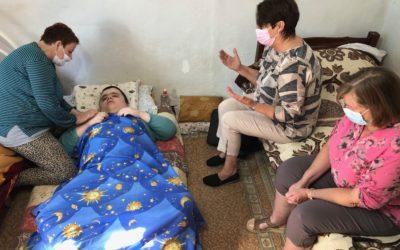 Sterke inntrykk i Albania:  Edion ble sendt ut av Sverige  – nå er det ingen hjelp å få