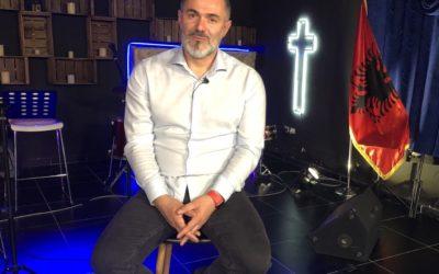 Koli Puka, 20 år som pastor! Hør hans historie på Studio Direkte